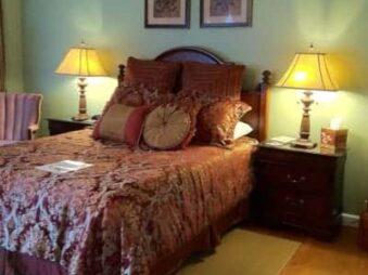 Accommodations, Brookside Mountain Mist Inn